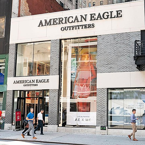 American Eagle & Aerie - Flagship - Lexington Ave